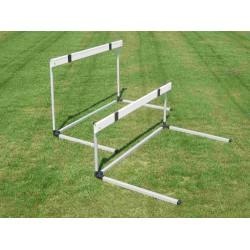 Ostacolo in alluminio staggetta in abs altezza regolabile da 45 a 76,2 cm.